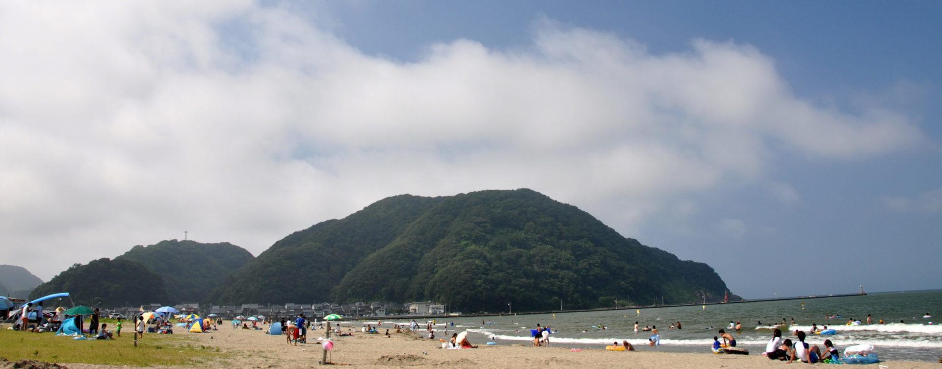 【公式HP】気比の浜海水浴場・キャンプ場